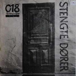 018 – Stengte dører